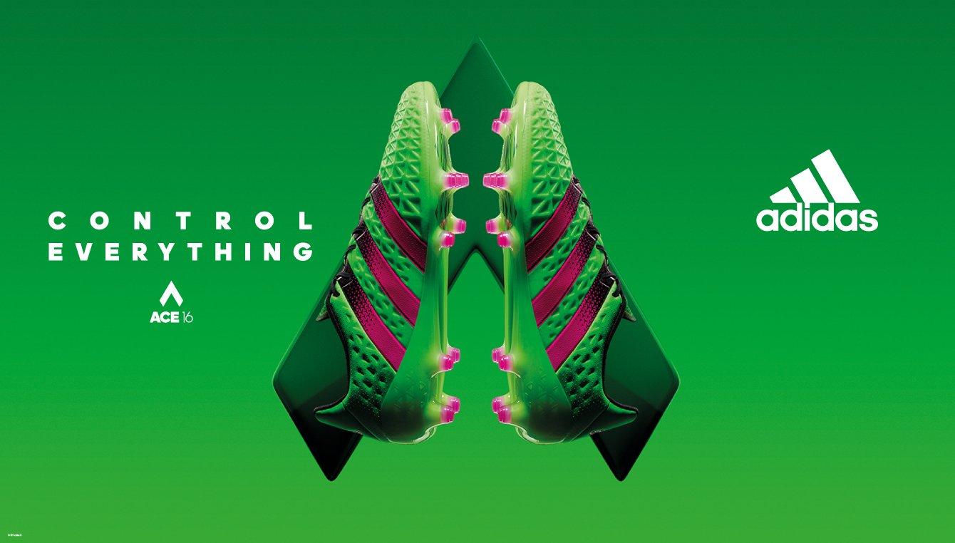 adidas サッカーストア