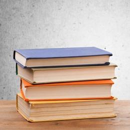 本はまとめ買いで最大10%ポイント還元