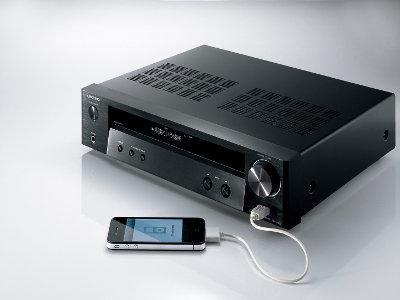 iPod/iPhoneデジタル接続対応USB端子