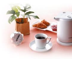 忙しい朝に、またひとりでコーヒータイムやお茶を楽しむ時など、 飲みたい時に飲みたい分だけサッと沸くので便利