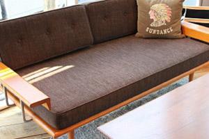amazon acme furniture cardiff sofa 2 5p c 170cm. Black Bedroom Furniture Sets. Home Design Ideas