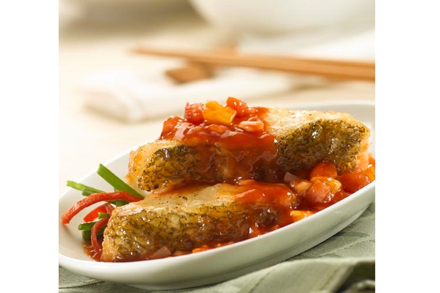 Pan- Fried Cod Fish with Tomato Sauce