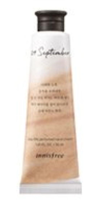 精神医学プロペラ上げるInnisfree Jeju life Perfumed Hand Cream (9月 紅茶) / イニスフリー 済州ライフ パフューム ハンドクリーム 30ml [並行輸入品]
