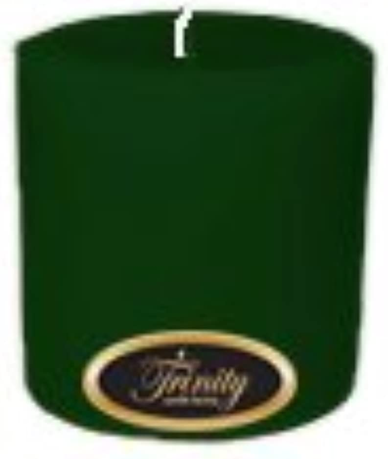 聴衆関連する感嘆符Trinity Candle工場 – Pine – Pillar Candle – 4 x 4