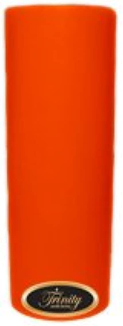 無人もの中でTrinity Candle工場 – スイカズラ – Pillar Candle – 3 x 9
