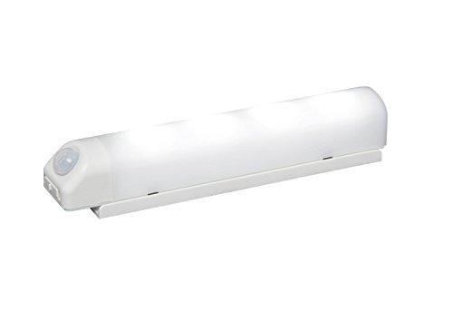 アイリスオーヤマ 屋内 LED センサーライト 昼白色 乾電...