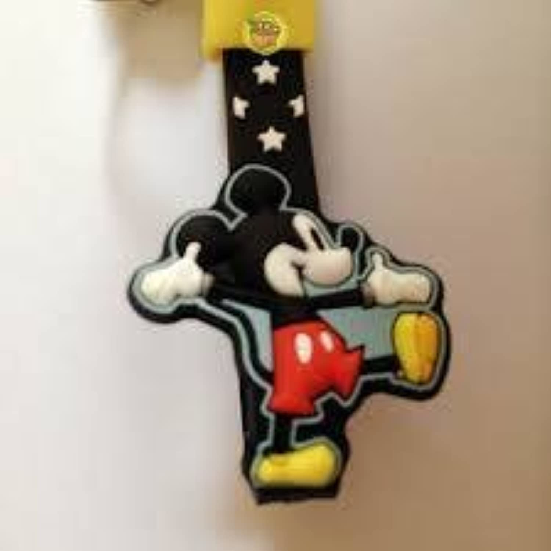 かわいい?  ディズニー ミッキーマウス (ミッキー) / スター ( ブラック )  自転車キーホルダー