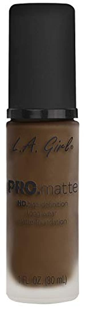 ビジョン次へベンチL.A. GIRL Pro Matte Foundation - Chestnut (並行輸入品)