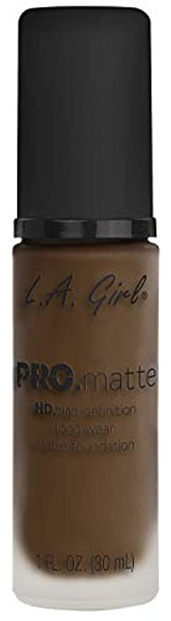 ピカソ国トリムL.A. GIRL Pro Matte Foundation - Chestnut (並行輸入品)
