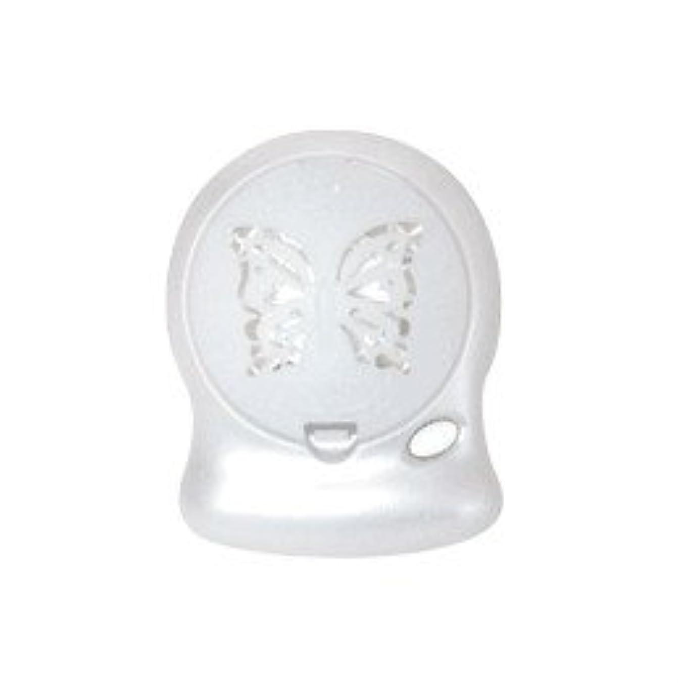 アロマブリーズ Nova Jill (蝶柄) ホワイト モバイルファン式芳香器