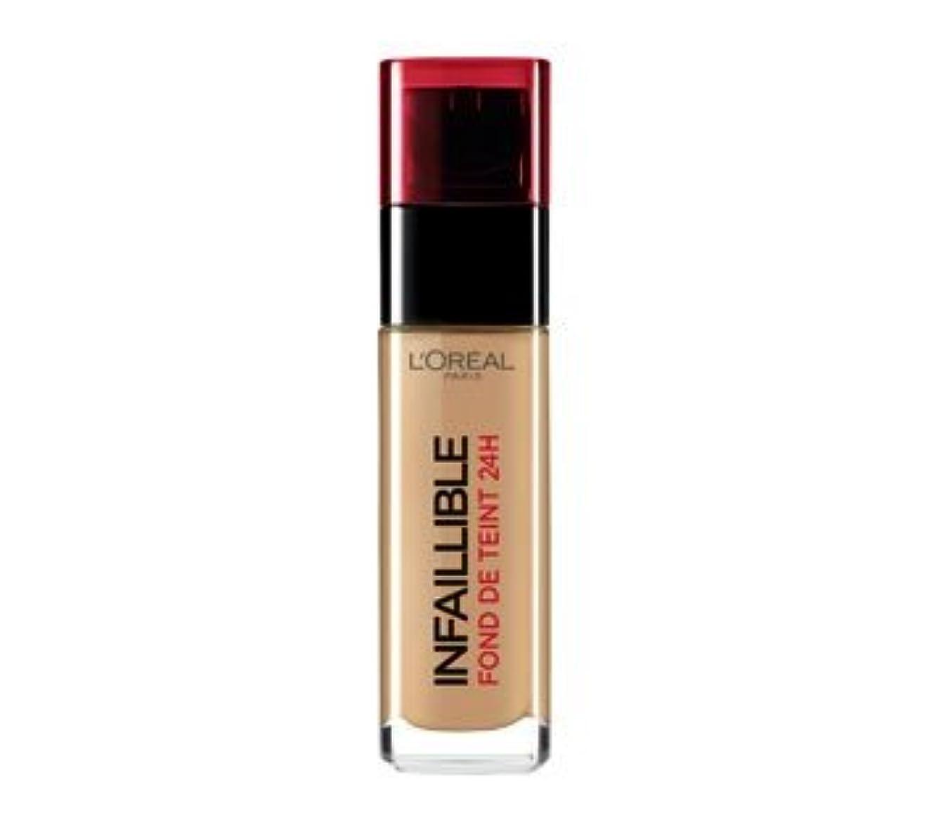 肘遅滞完璧L 'Oréal Paris - Infaillible 24h 300 Ambre - Grundierung