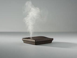 スクエアー[ブラウン] 「squair」 卓上型アロマディフューザー + クリアフォレスト ピュアグリーン10mlのセット