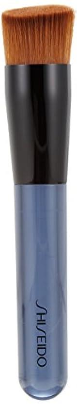 賢明な透過性頬骨資生堂 ファンデーション ブラシ 131 (専用ケース付き)