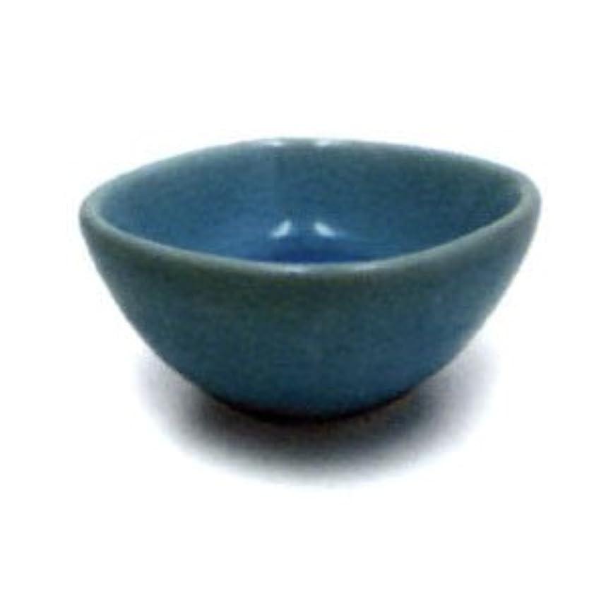 被害者素人分注する響き香台 鉢 ブルー
