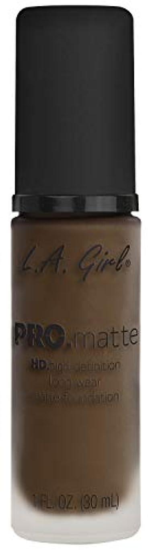水銀の団結する賞L.A. GIRL Pro Matte Foundation - Chestnut (並行輸入品)