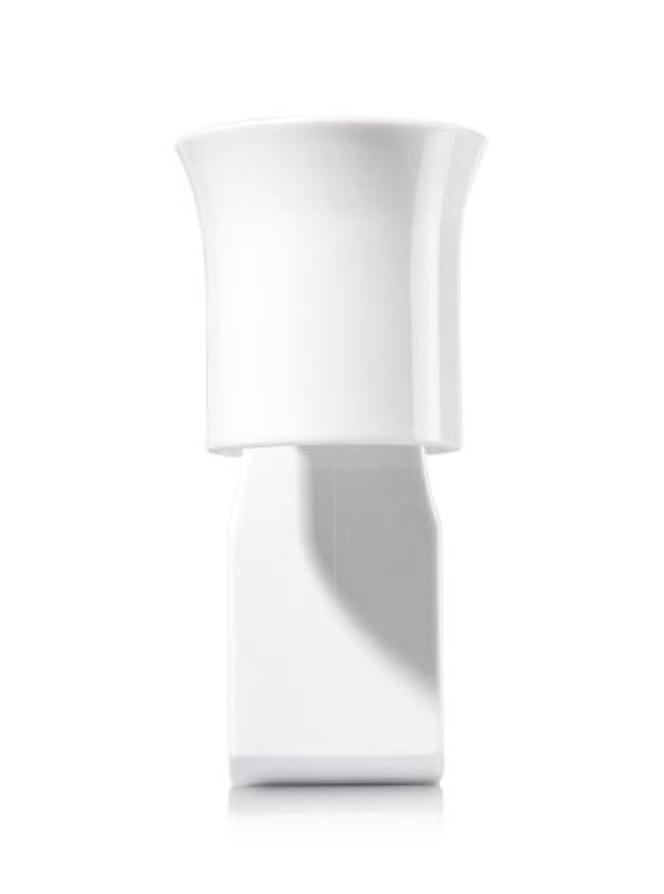 狭いキャラバンブランク【Bath&Body Works/バス&ボディワークス】 ルームフレグランス プラグインスターター (本体のみ) ホワイトフレアー Wallflowers Fragrance Plug White Flare [並行輸入品]