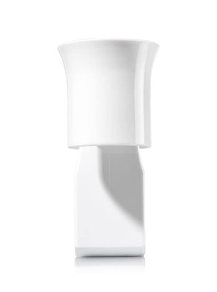 最初アンデス山脈スカーフ【Bath&Body Works/バス&ボディワークス】 ルームフレグランス プラグインスターター (本体のみ) ホワイトフレアー Wallflowers Fragrance Plug White Flare [並行輸入品]