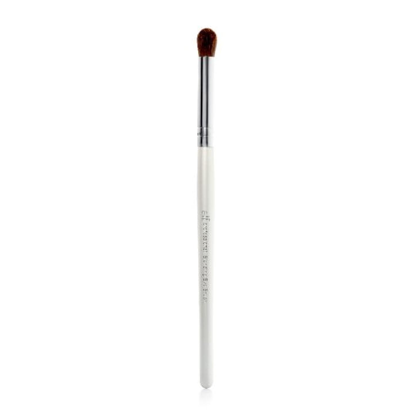 パウダー論争の的甘美な(3 Pack) e.l.f. Essential Blending Eye Brush - EF1803 (並行輸入品)