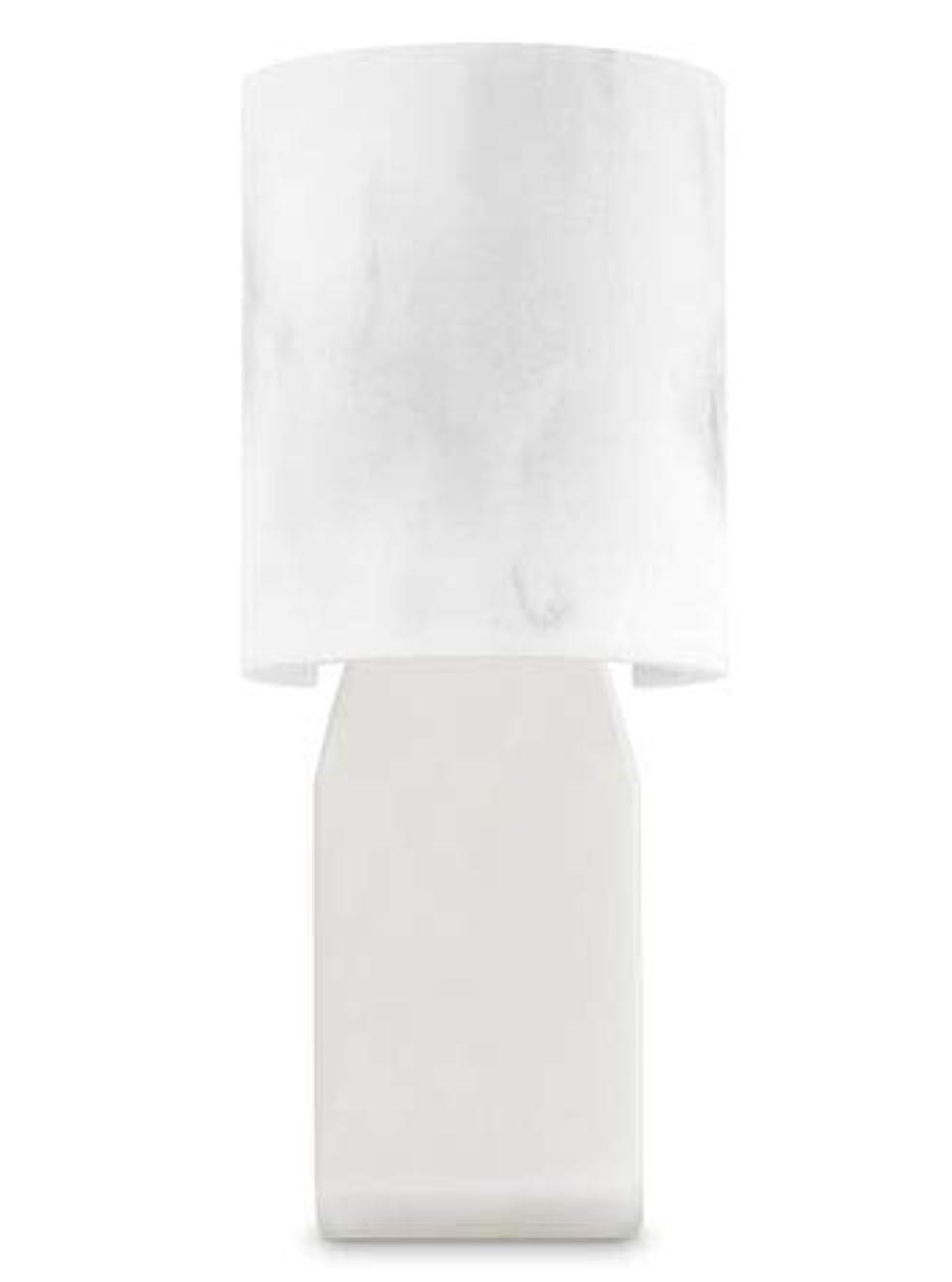 フェードアウト配送公平な【Bath&Body Works/バス&ボディワークス】 ルームフレグランス プラグインスターター (本体のみ) 大理石風 Wallflowers Fragrance Plug Faux Marble [並行輸入品]