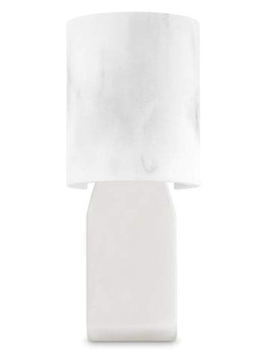 間違えた広告主さわやか【Bath&Body Works/バス&ボディワークス】 ルームフレグランス プラグインスターター (本体のみ) 大理石風 Wallflowers Fragrance Plug Faux Marble [並行輸入品]