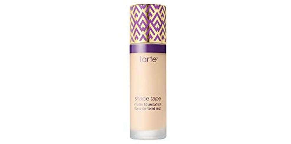 驚くばかりアロングどこかTARTE shape tape matte foundation (12S Fair Sand)