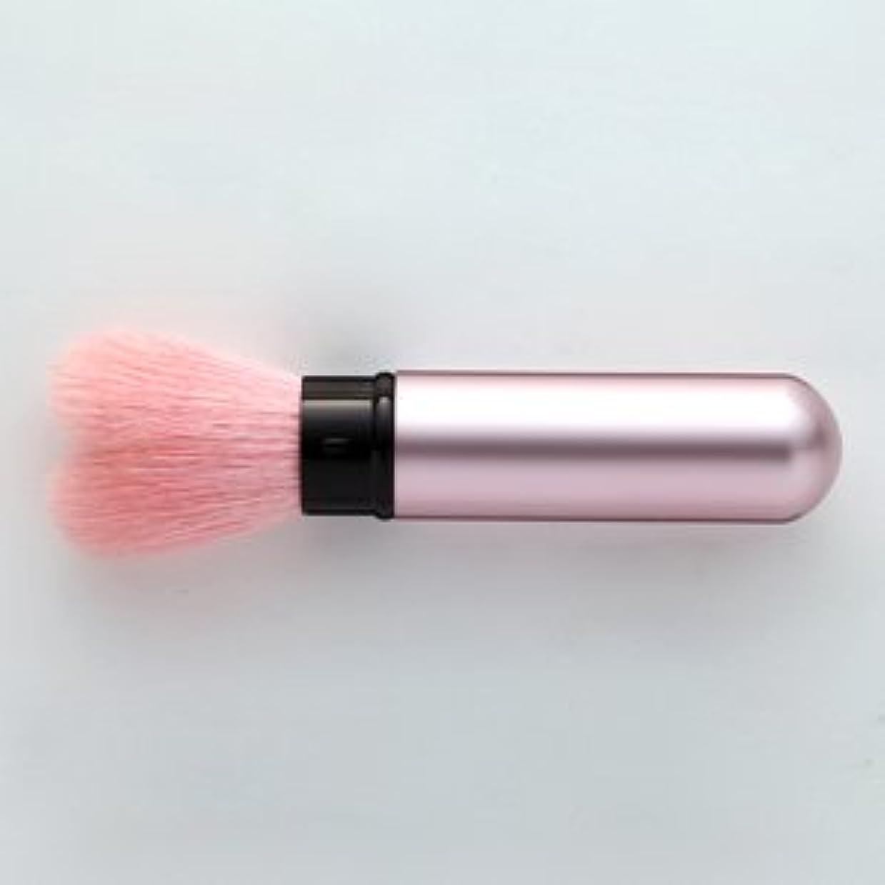 力学環境肩をすくめる熊野筆 携帯タイプのハート型 チークブラシ モバイルハート (ピンク)