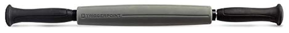 薬用荒廃する拾うTriggerPoint Performance STK Sleek Massage Stick for Muscle Relief, 46cm