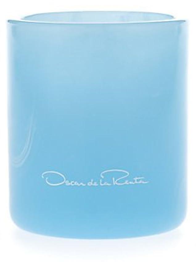 足施設子犬Something Blue (サムシング?ブルー) 7.0 oz (210ml) Candle by Oscar de la Renta for Women