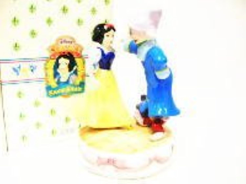 白雪姫&ドーピー ダンス オルゴールつきポーセリンフィギュア 90年代 ディズニー フィギュアリン