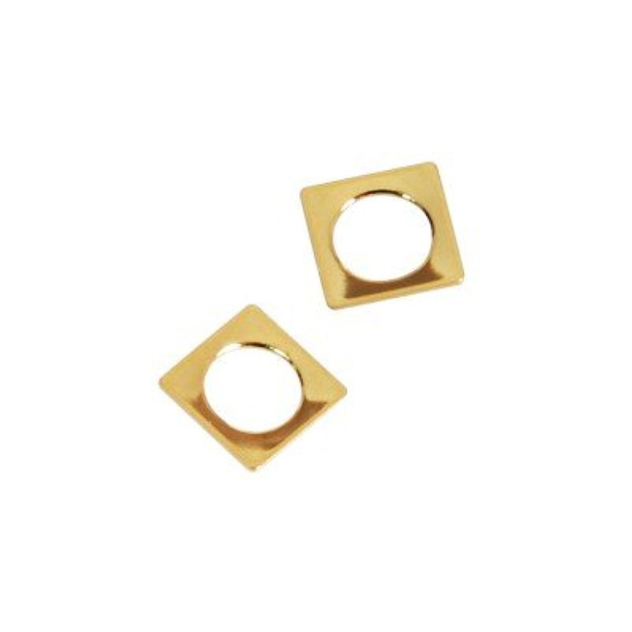 サイレン遅らせる鎮静剤ピアドラ スタッズ スクエア 中抜き(ラウンド)4mm 50P ゴールド