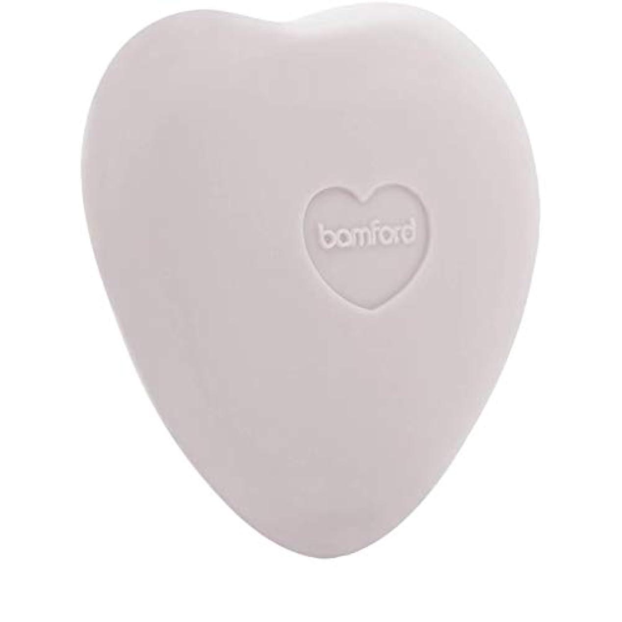 敬意を表して散逸スタウト[Bamford ] バンフォードは小石石鹸250グラムのバラ - Bamford Rose Pebble Soap 250g [並行輸入品]