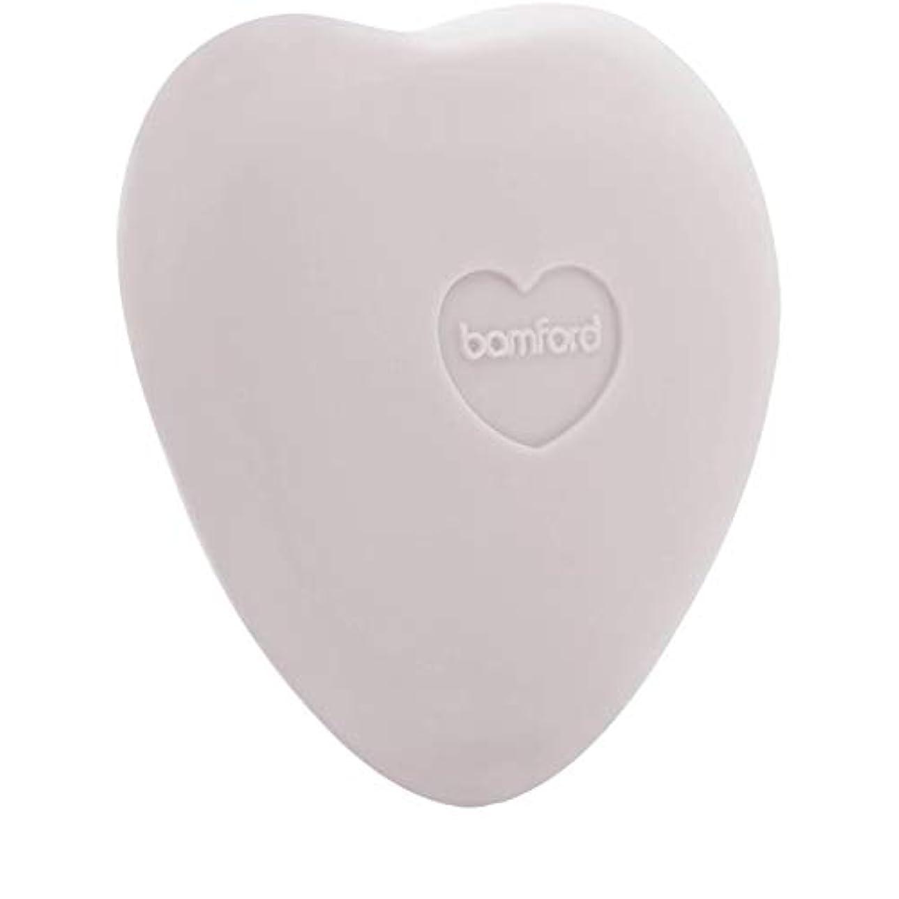 識別うねるふさわしい[Bamford ] バンフォードは小石石鹸250グラムのバラ - Bamford Rose Pebble Soap 250g [並行輸入品]