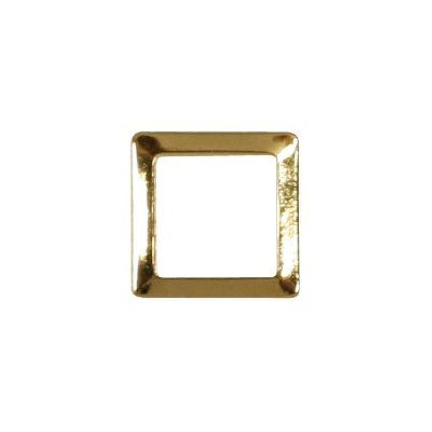 ペルソナスロベニア薬ピアドラ スタッズ スクエア 中抜き 3mm 50P ゴールド