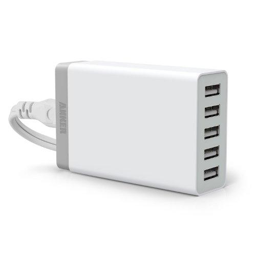 接続した機器を自動判別 → 最適な電流を送ることでフルスピード充電できる「Anker 40W 5ポート USB急速充電器」2,599円