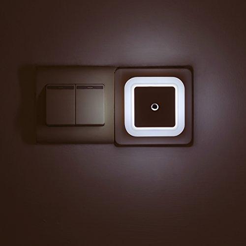 NIUBI LED インテリア ライト明暗センサーライト 室...