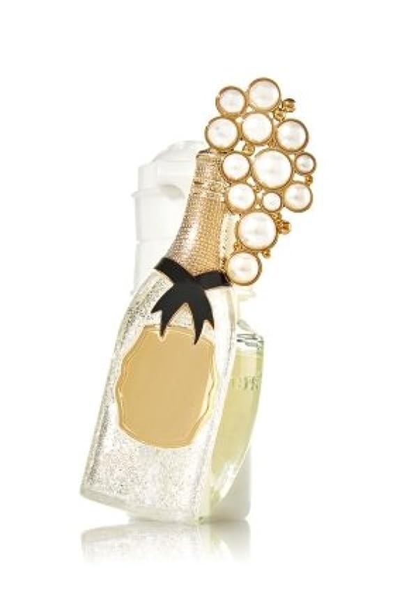 タブレットぼんやりした否認するBath & Body Works Wallflower Fragrance Plugシャンパントースト
