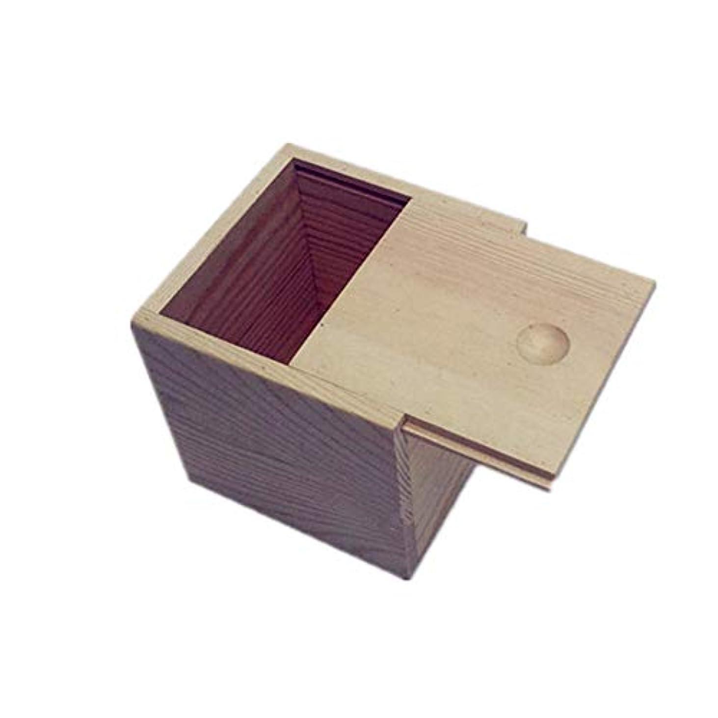 モニカディレクター手配するエッセンシャルオイルストレージボックス 木製のエッセンシャルオイルストレージボックス安全なスペースセーバーあなたの油を維持するためのベスト 旅行およびプレゼンテーション用 (色 : Natural, サイズ : 9X9X5CM)