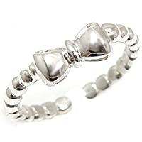 [アトラス] Atrus トゥリング 足の指輪 プラチナ900 PT900 リボン リング カチューシャ 指輪 3号 素足のおシャレに