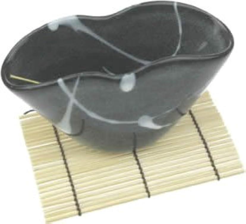 周り慣性と闘う波のしずく(黒) うずまき用香立