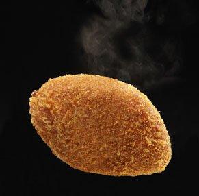 自宅で揚げてアツアツを 揚げパンセット 小麦家の 美味!ぜんざいパン&絶品!カレーパン(冷凍生地)