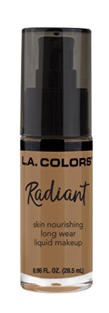 葉を拾う鮫外部L.A. COLORS Radiant Liquid Makeup - Chestnut (並行輸入品)