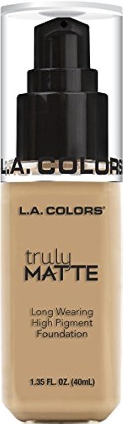 句開始自治L.A. COLORS Truly Matte Foundation - Natural (並行輸入品)