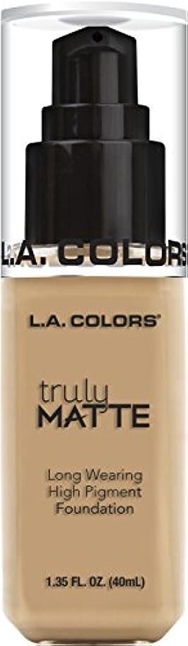 軍団機密意義L.A. COLORS Truly Matte Foundation - Natural (並行輸入品)