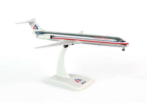 1: 200 ホーガンウィングス アメリカン 航空 MD-83 Die-Cast Metal, Reg. N9626F (並行輸入)
