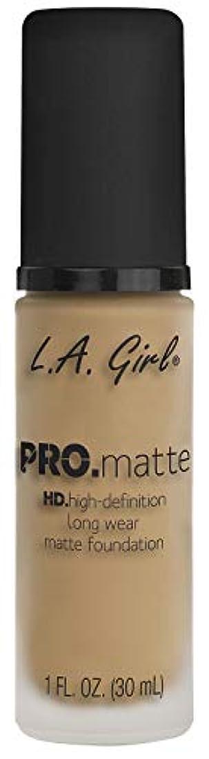 揮発性小麦粉乳剤L.A. GIRL Pro Matte Foundation - Sandy Beige (並行輸入品)