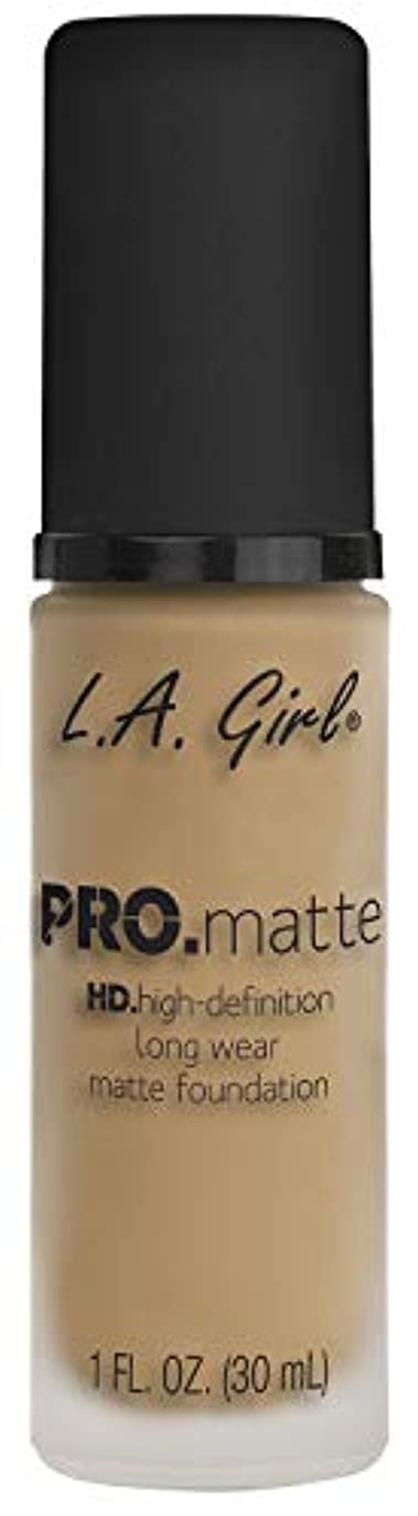 オーディション犬麻痺L.A. GIRL Pro Matte Foundation - Sandy Beige (並行輸入品)