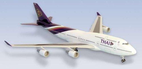 1: 200 スカイマークス Thai 航空 ボーイング 747-400 with Landing Gear (並行輸入)