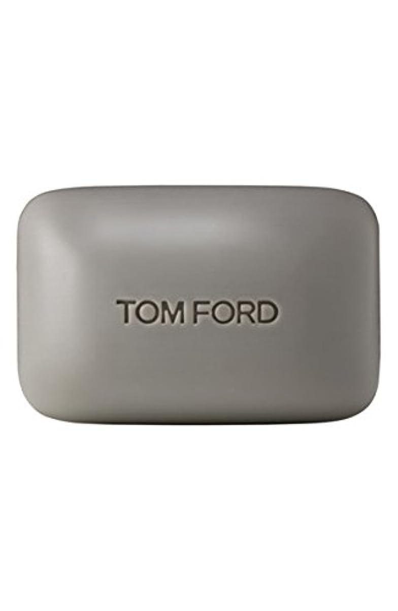 住人過度の多数のTom Ford Private Blend 'Oud Wood' (トムフォード プライベートブレンド オードウッド) 5.5 oz (165ml) Bar Soap (固形石鹸)