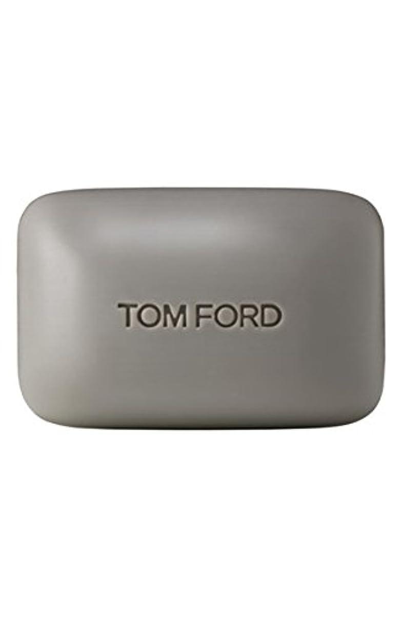 淡い公使館めまいがTom Ford Private Blend 'Oud Wood' (トムフォード プライベートブレンド オードウッド) 5.5 oz (165ml) Bar Soap (固形石鹸)