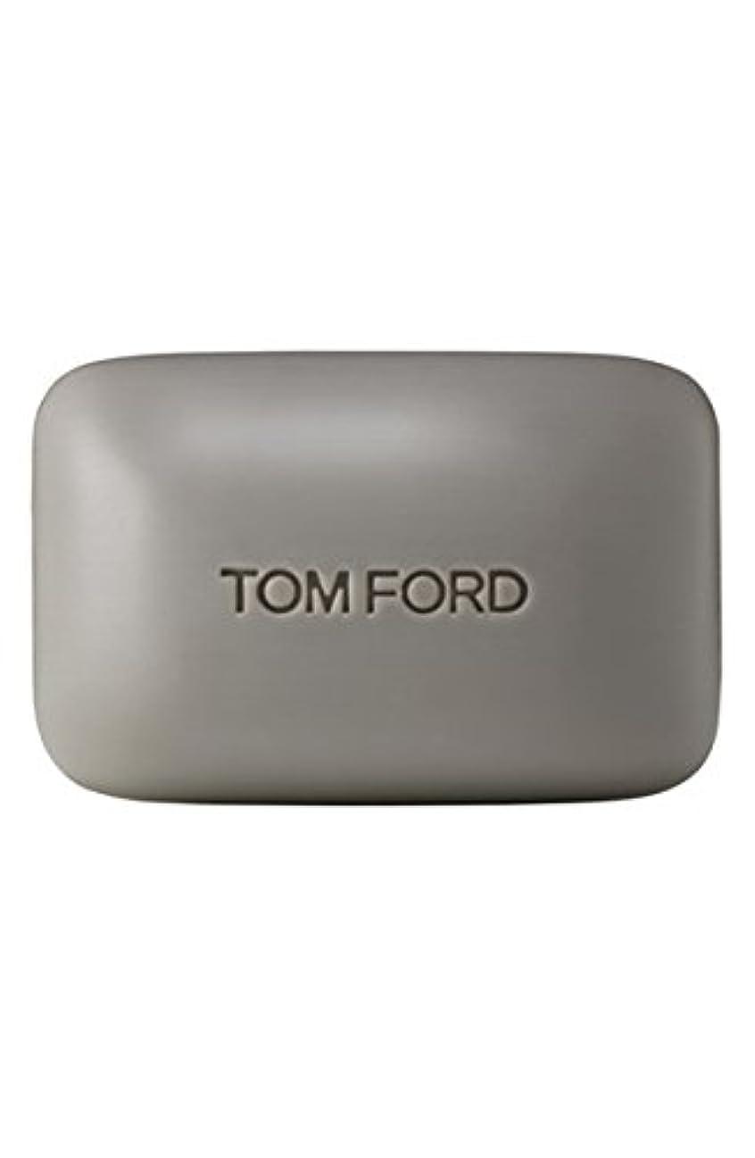 以上連想ペルソナTom Ford Private Blend 'Oud Wood' (トムフォード プライベートブレンド オードウッド) 5.5 oz (165ml) Bar Soap (固形石鹸)